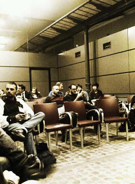 La sala di PoliticsTTT/Rm